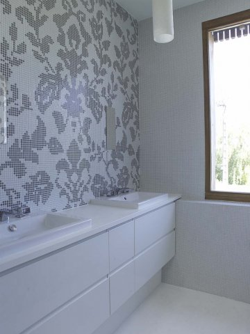 phoca_thumb_l_bathrooms revisglass-057794-1